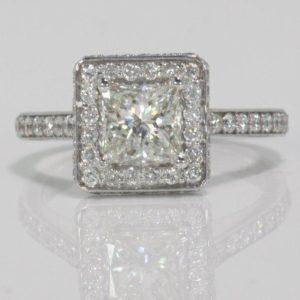 1.04 CARAT PRINCESS CUT DIAMOND  ENGAGEMENT RING