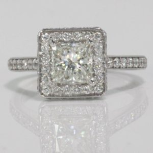 1.04 CARAT PRINCESS CUT DIAMOND  ENGAGEMENT RING